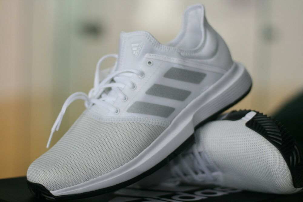 online store 641ac 4d35b Details about ADIDAS RACQUETBALL  TENNIS SHOES GameCourt WHITE MENS SIZE  11 LOW