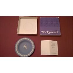 Wedgwood Jasperware Capricorn Compotier With Original Box And Booklet