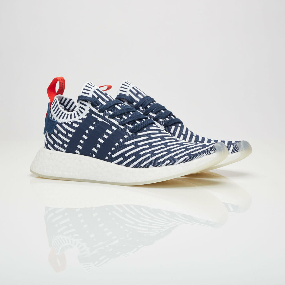 2b402a36f29c0 Details about Adidas NMD R2 Primeknit men Size 4   BB2909 Collegiate Navy  PK Boost Shoes