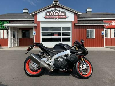 2019 Aprilia RSV4 RR DELIVERY TO YOUR DOOR!