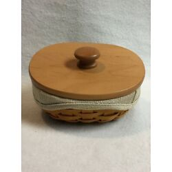 Longaberger (2001) Small Key Basket with Wooden Lid