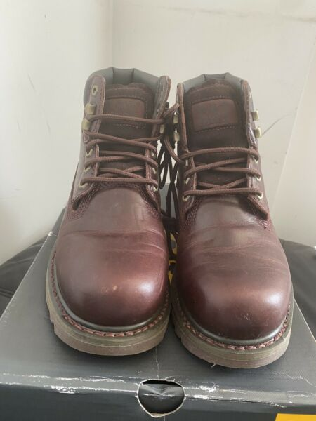 New Caterpillar Colorado Ankle Boots Plum/Burgundy P720262 Shoes Wide/Large UK7