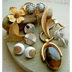 Kyпить Vintage ALL Signed Trifari Wearable ReSell Jewelry Lot, Costume Collection на еВаy.соm