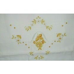 Kyпить White & Yellow Machine Embroidered Pillowcases Standard Size на еВаy.соm