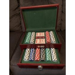 NEW SEALED 500 piece poker chip set Cherry wood Chest YPO WPO CHAPTER RETREAT