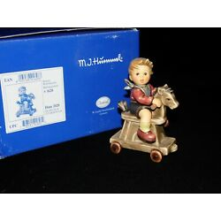 Kyпить goebel hummel figurine # 2020 RIDING LESSON 4.50