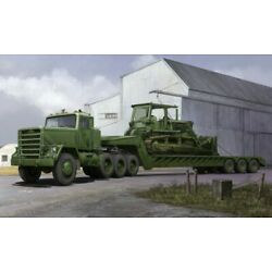 Trumpeter Models 01078 1:35 M920 Tractor Towing with M870A1 Semi Trailer