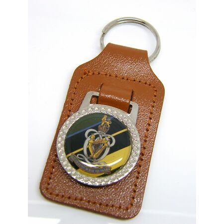 img-THE QUEENS ROYAL HUSSARS ARMY BADGE MILITARY DETAIL LEATHER KEYRING FOB GIFT