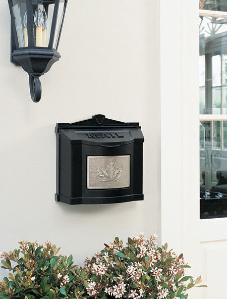 Gaines Wall Mount Mailbox Maple Leaf Plate Mail Box