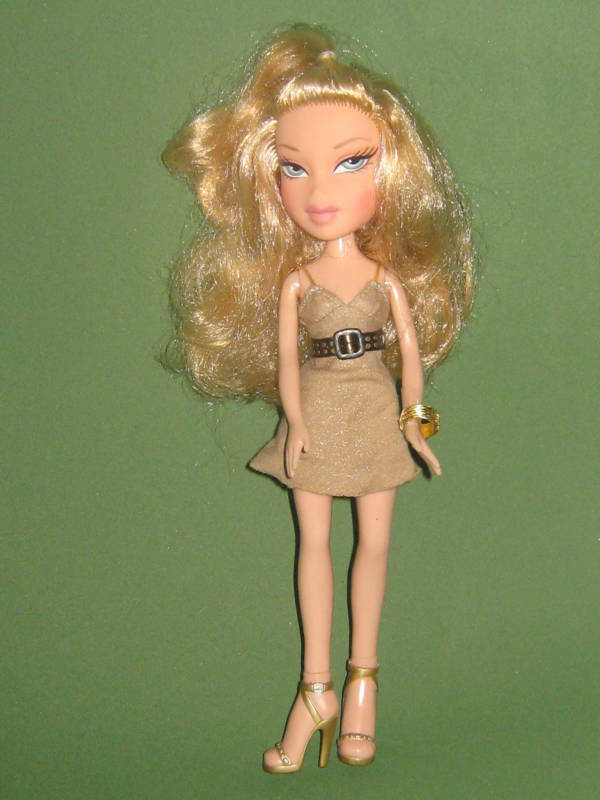 Blond Bratz Doll W Brown Dress Amp Gold High Heels 10 Quot Ebay