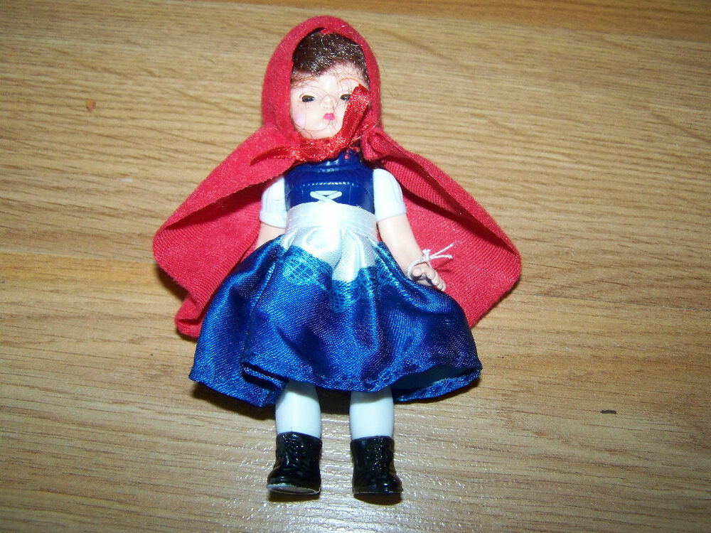 Small Toy Dolls : Little red riding hood madame alexander mini doll