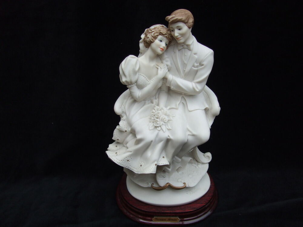 giuseppe armani garden wedding figurine excellent condition ebay. Black Bedroom Furniture Sets. Home Design Ideas