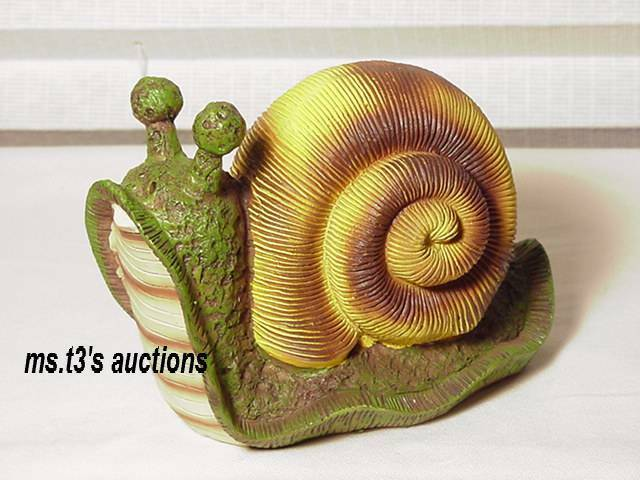 Stsatuette For Outdoor Ponds: SNAIL Colorful BUG GARDEN STATUE Pond Yard Lawn Ornament