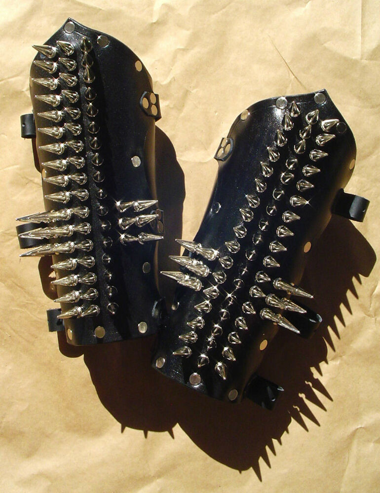 Spiked Leather Armor 102