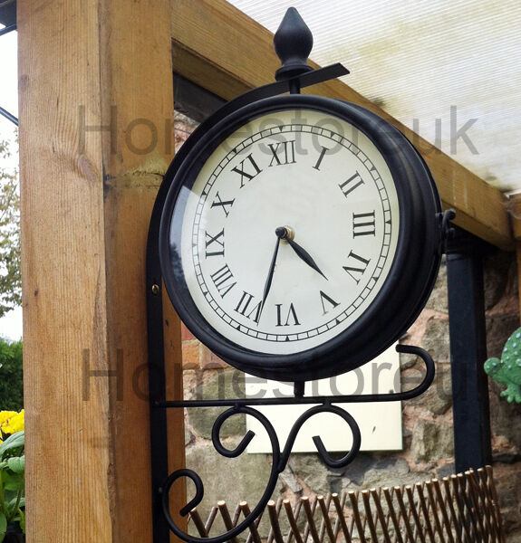Double Sided Dual Clock Station Garden Outdoor Wall