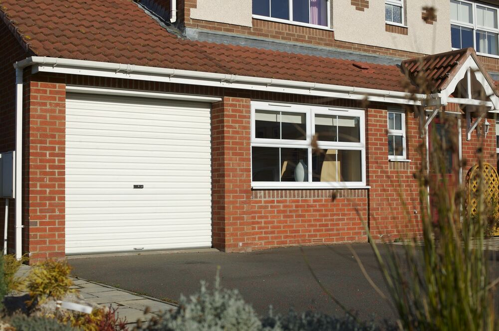 Gliderol roller garage door brand new up to 10 ft wide ebay for How wide is a single garage door