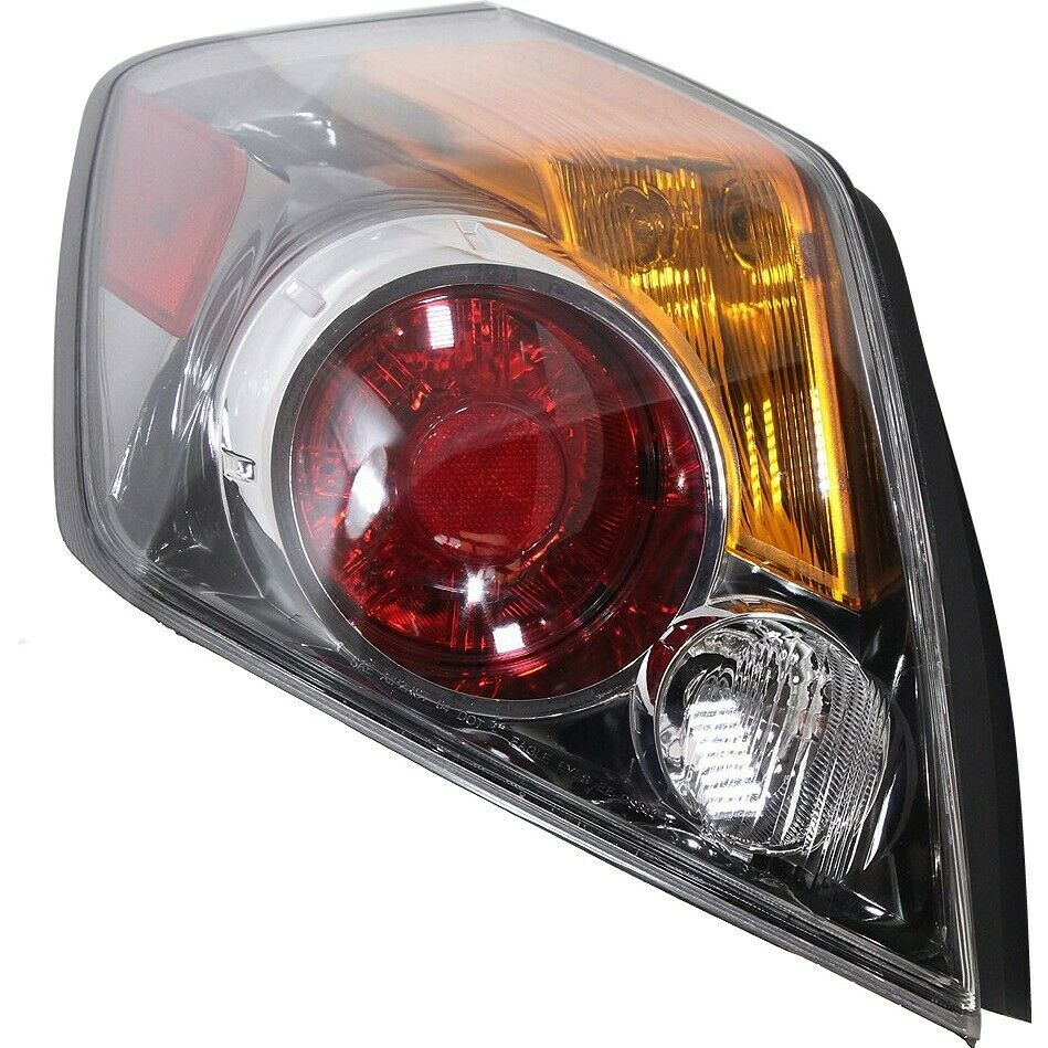 tail light for 2010 2012 nissan altima lh sedan ebay. Black Bedroom Furniture Sets. Home Design Ideas