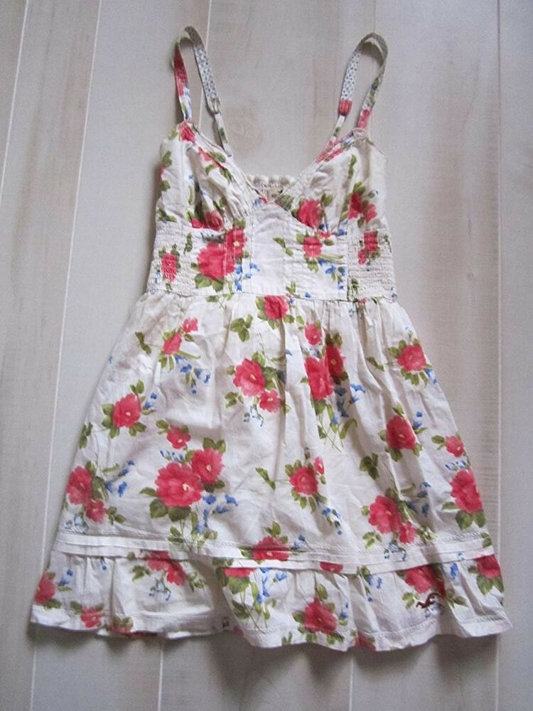 hollister by abercrombie off white blue floral logo flowy
