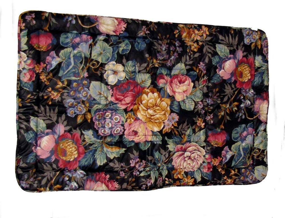 Crosill Black Shabby Floral Roses Quilted KING Sham (Dry