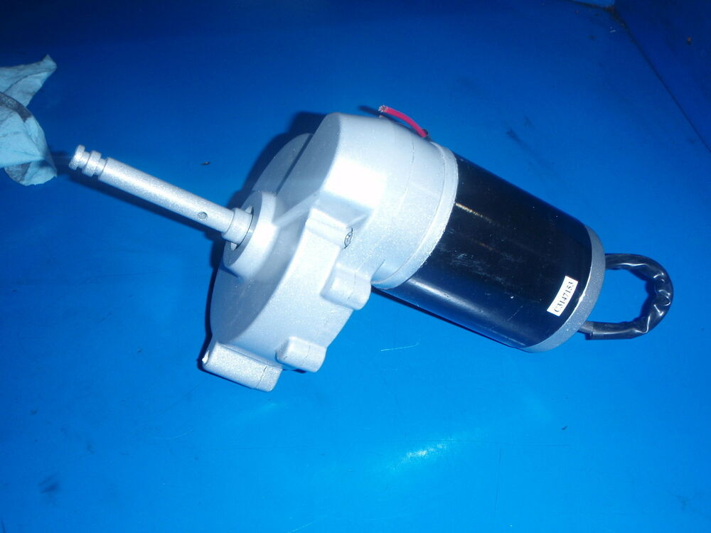 Gear motor gearmotor 12 volt dc with output shaft 150 160 for 1 4 hp 12v dc electric motor