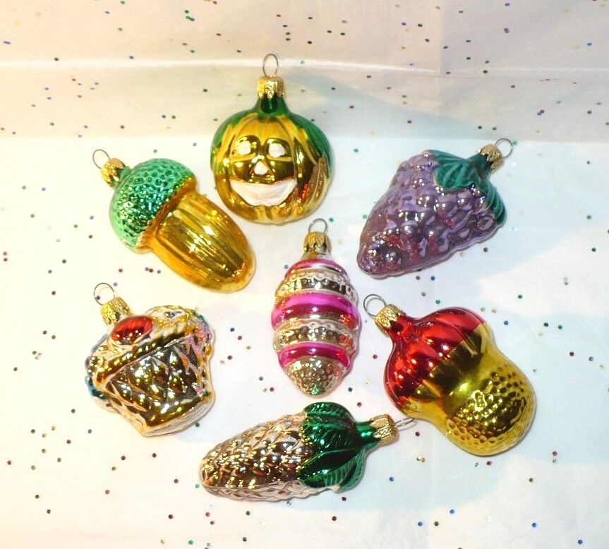 Columbia Christmas Tree: 7 VINTAGE CHRISTMAS SMALL GLASS TREE ORNAMENTS PUMPKIN