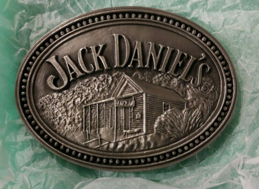 jack daniel 39 s scenes from lynchburg belt buckle new in box. Black Bedroom Furniture Sets. Home Design Ideas
