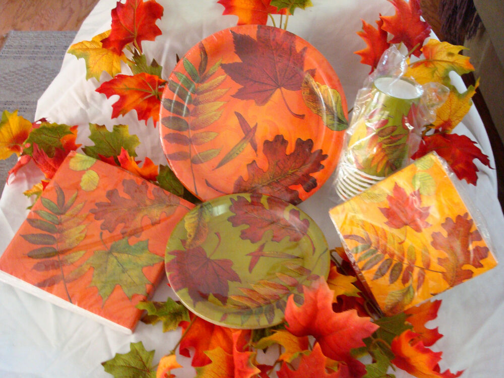 thanksgiving paper plates and napkins