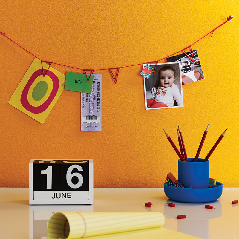 Pennant Clips Hanging String Wall Photo Postcard Display Banner