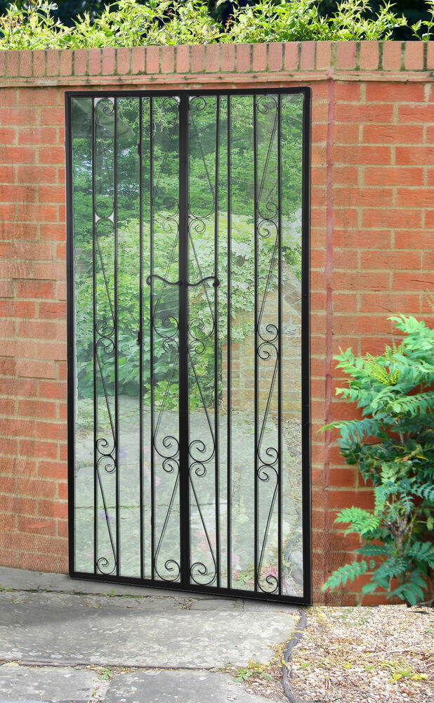 Large Black Gate Effect Mirror Metal Outdoor Acrylic