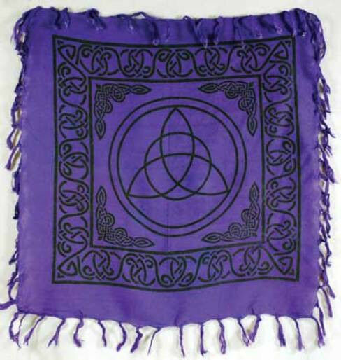 Triquetra altar tarot cloth 36 x 36 purple with fringe for Decorative tarot cards