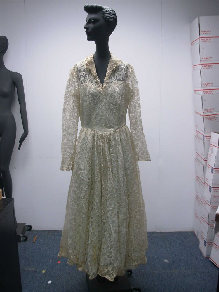Gorgeous vintage 1940s ivory lace wedding gown dress w for Ebay vintage wedding dress