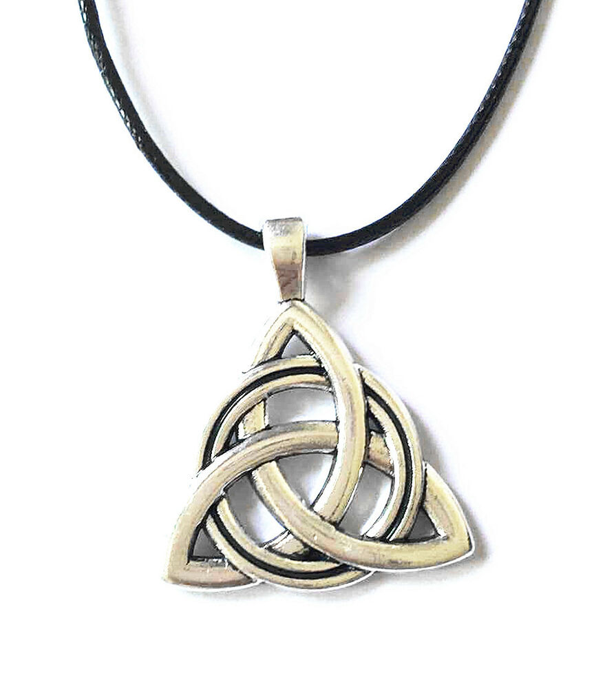 antique silver plated celtic irish triquetra trinity knot. Black Bedroom Furniture Sets. Home Design Ideas