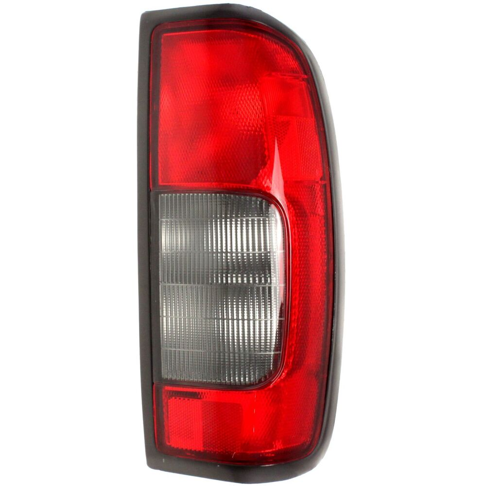 Halogen Tail Light For 2000 2001 Nissan Frontier Se Rh W