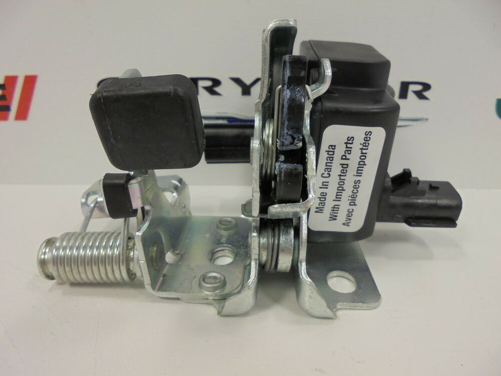 02 07 Jeep Liberty New Rear Tailgate Liftgate Glass Latch