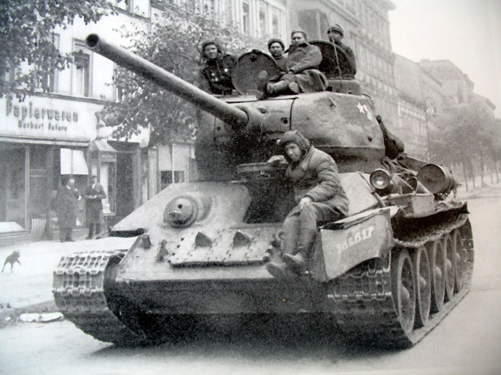 ww2 photo t34 tank in street wwii russia germany ebay