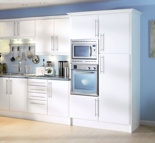 Beveled Edge Matt White Kitchen Cupboard Doors Fit Howdens