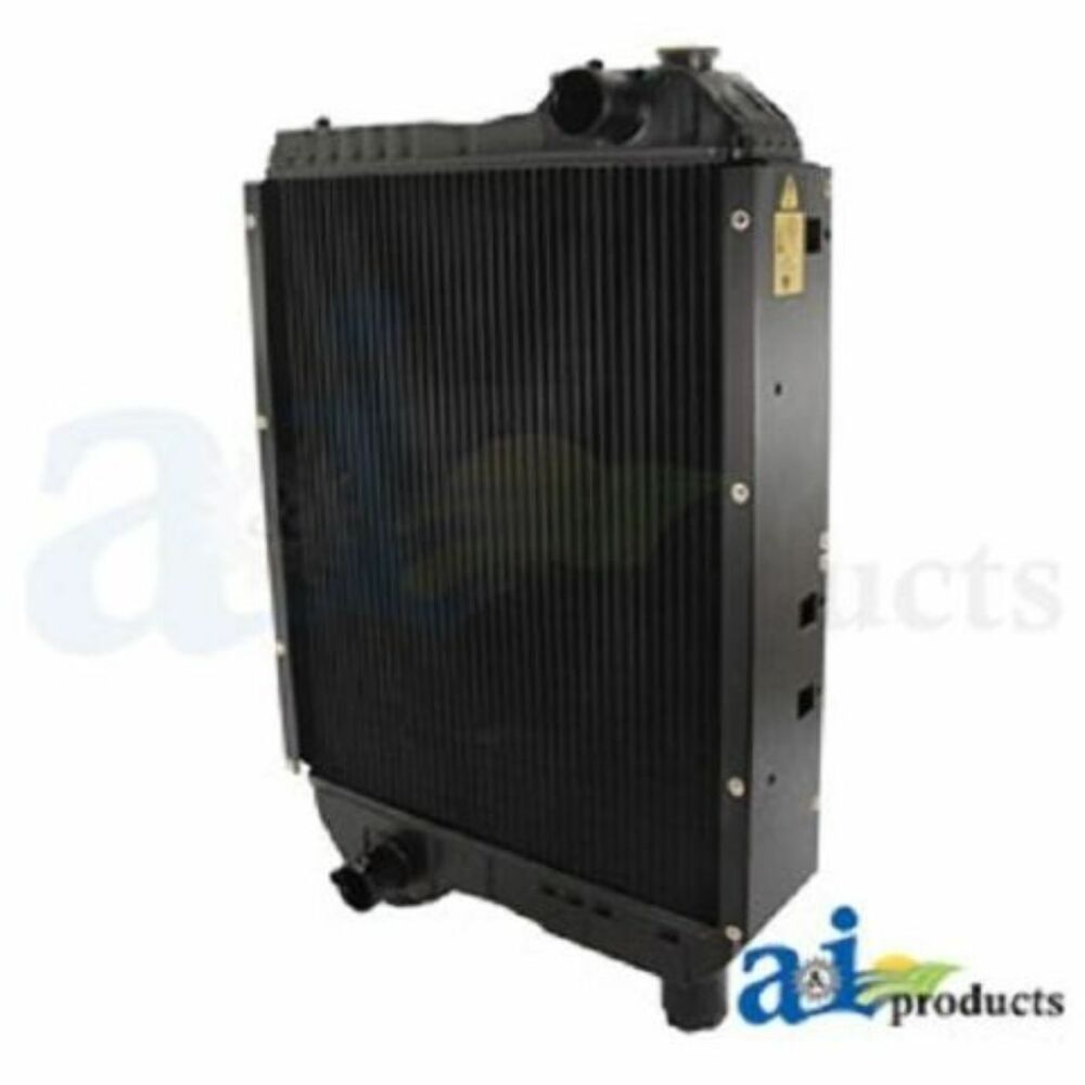 82006827 radiator fits ford new holland tractor tm135