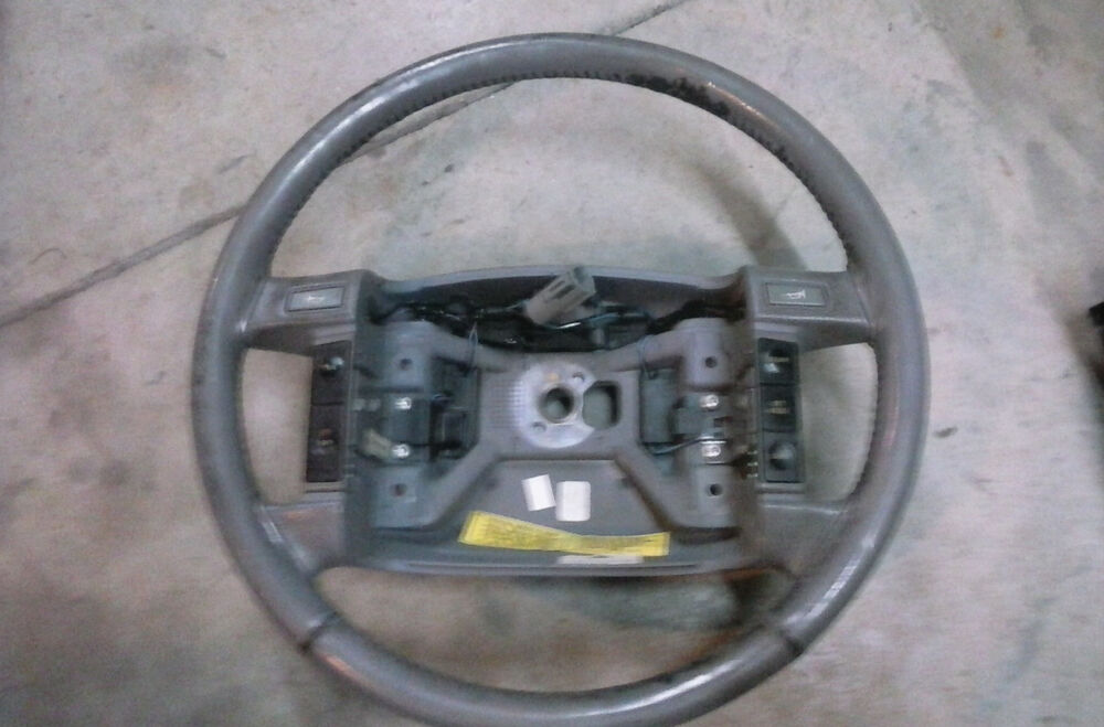 1990 1991 1992 1993 1994 lincoln town car steering wheel gray w cruise switch ebay. Black Bedroom Furniture Sets. Home Design Ideas