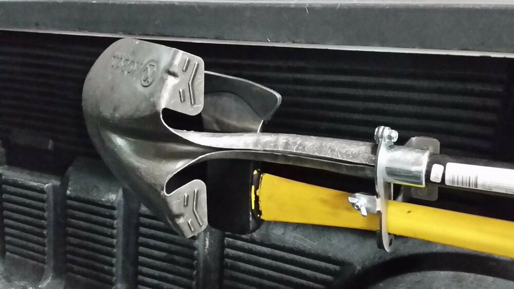 Axe Mount Shovel Mount Pick Up Truck Quot In Bed Quot Mounting