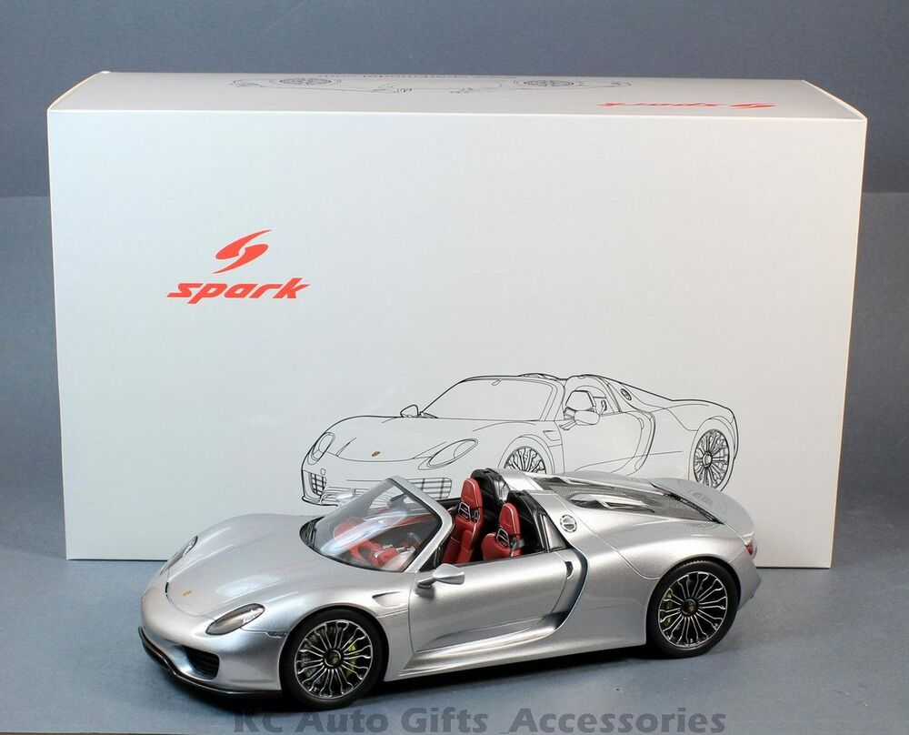 spark 18s172 porsche 918 spyder open roof silver 1 18. Black Bedroom Furniture Sets. Home Design Ideas