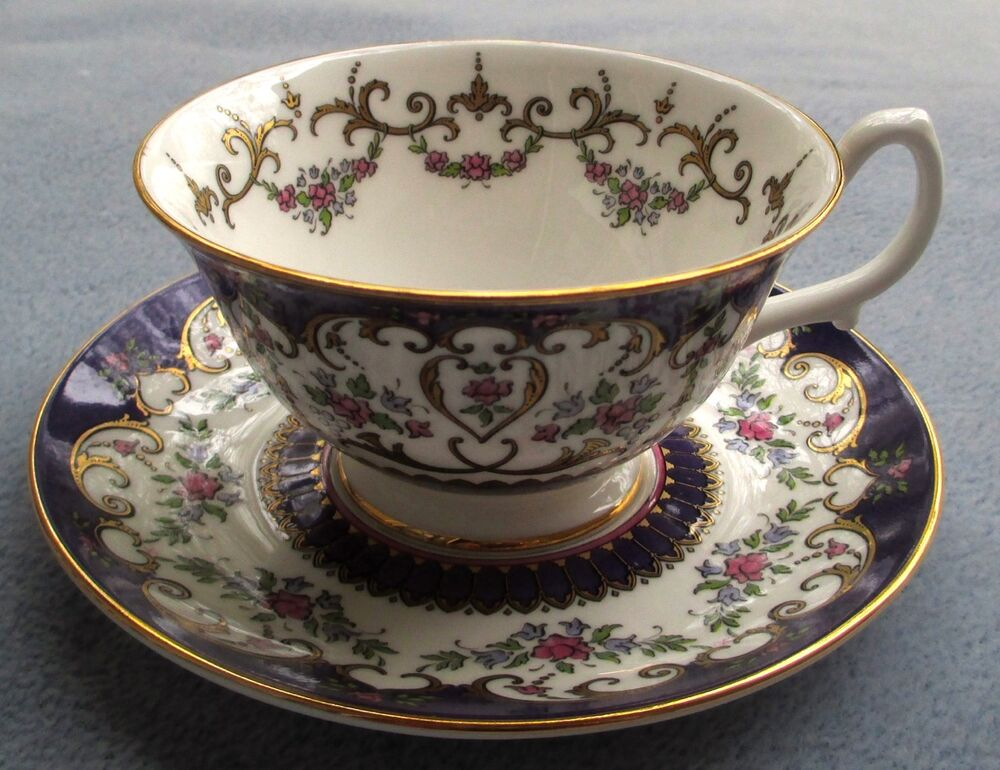 royal collection fancy cup and saucer set queen victoria. Black Bedroom Furniture Sets. Home Design Ideas