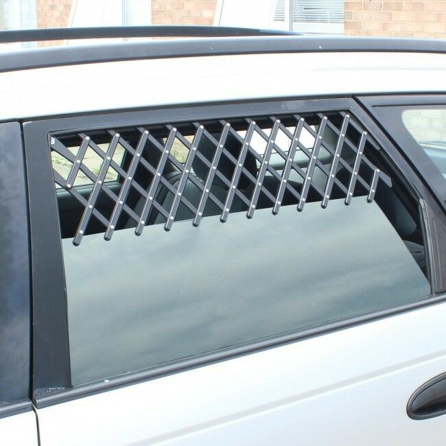 2 x universal pet car window air vent safe guard for dog puppy protection ry789 ebay. Black Bedroom Furniture Sets. Home Design Ideas