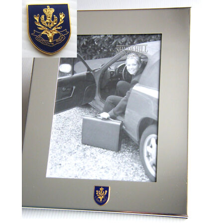 img-THE QUEENS OWN HIGHLANDERS ARMY BADGE SILVER CHROME PLATED PHOTO FRAME