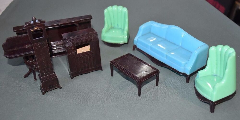 Vintage 1950s 1960s A Plasco Toy Dollhouse Living Room