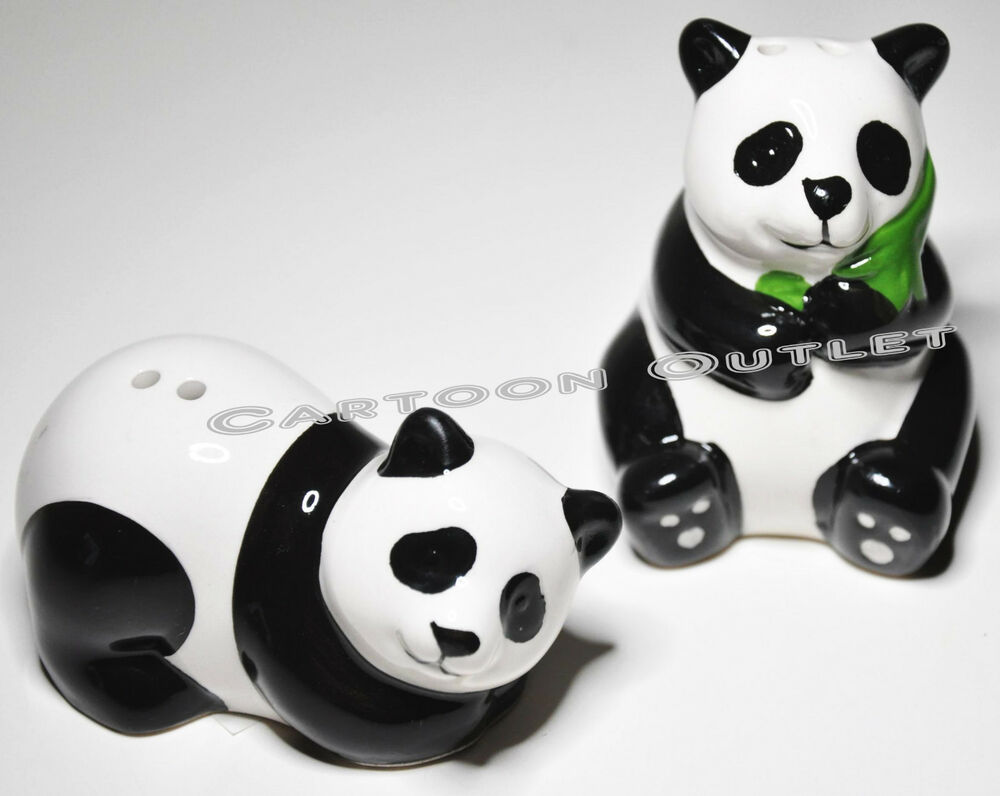 Panda bear salt pepper shakers ceramic kitchen decor for Panda bear decor