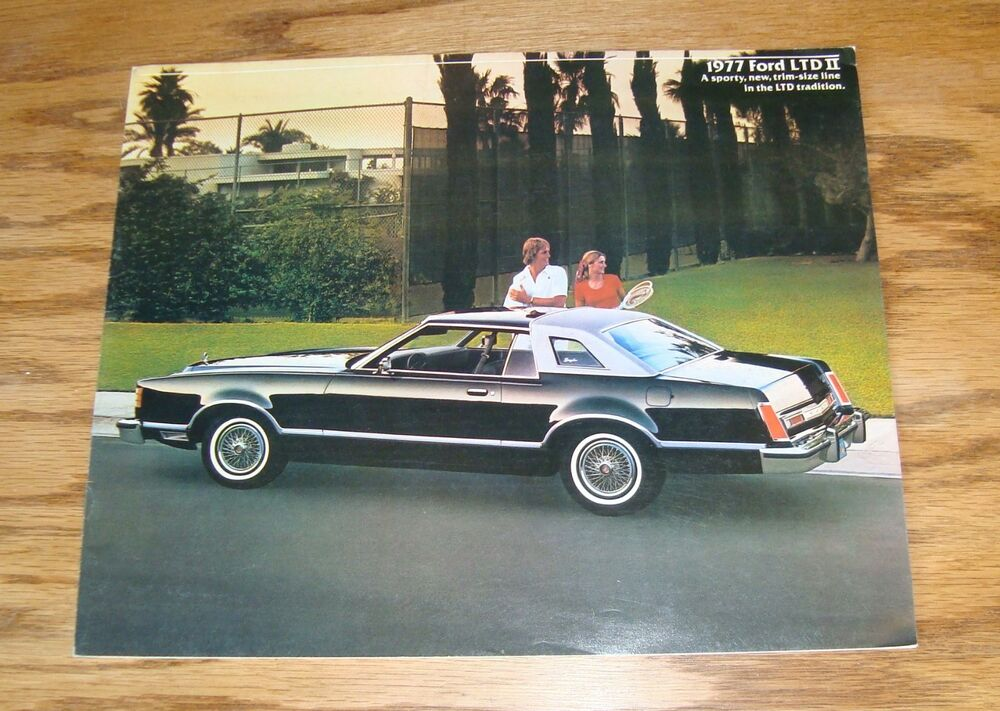 Original 1977 Ford LTD II Sales Brochure 77