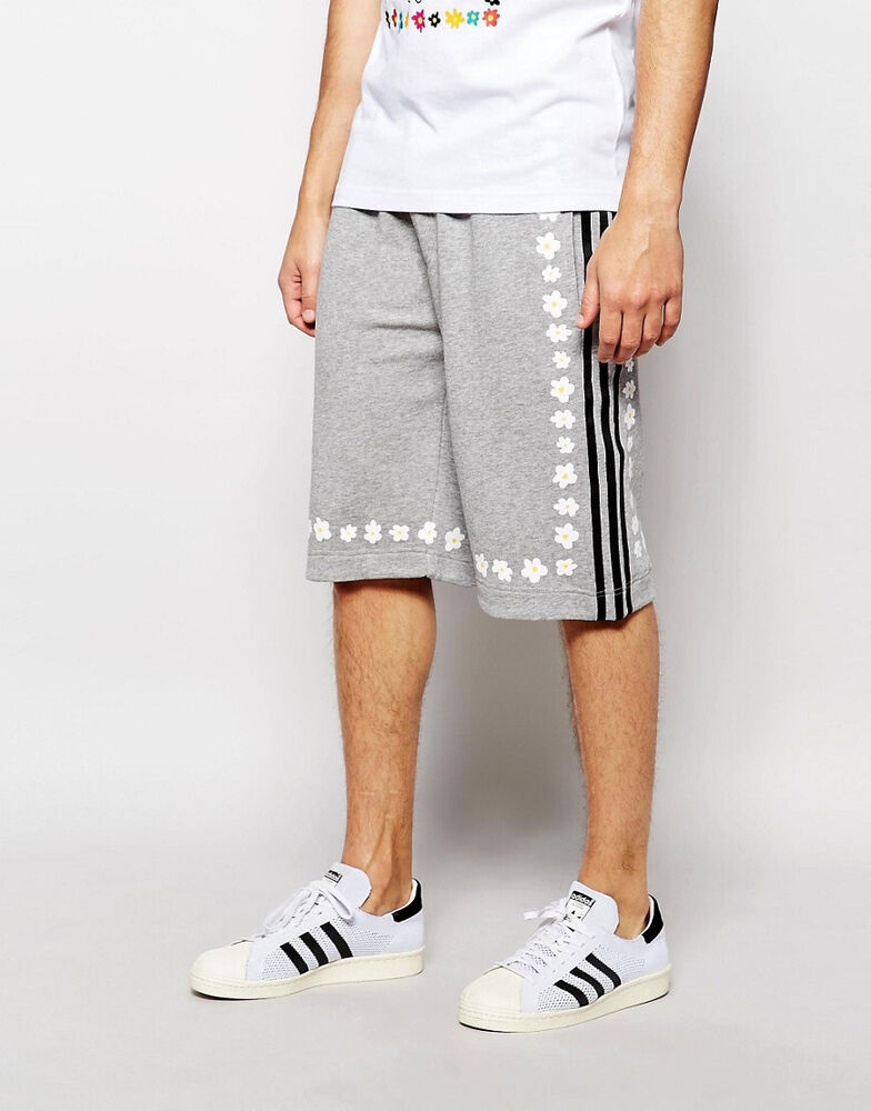 3f0d15451 Details about adidas Originals X Pharrell Williams Men s Daisy Print Knee  Length Shorts Grey