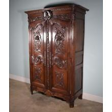 *Early 1800's French Antique Armoire/Wardrobe in Solid Oak Highly Carved