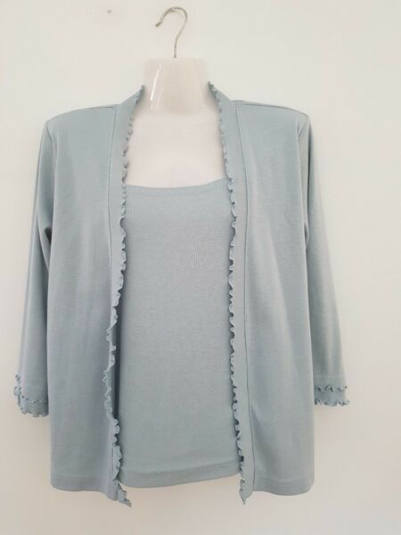 Women`s Summer Casual Top Size 12
