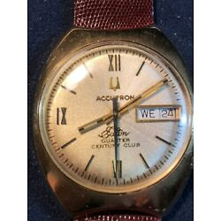 Accutron Bulova Patented Vintage 14KT Gold Case Day Date Wristwatch